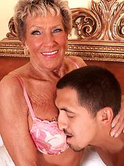 Older granny Sandra Ann fucking