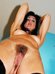 Horny older slut loves to get fucked!