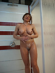 Take a strol through an all female mature sauna