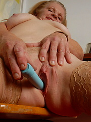 Housewife playing with her pussy