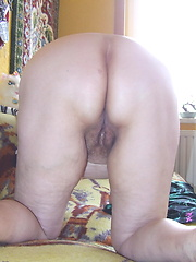 Mature granny in hot solo session