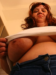 Busty euro mature is master of cooking