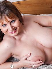 Big-titted mom solo masturbation