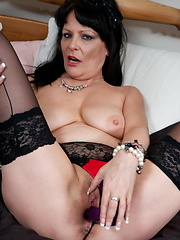 Horny housewife using her pussy to atract men