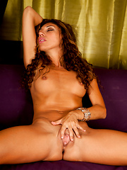 Anilos Chloe holds nothing back as she spreads her milf pussy