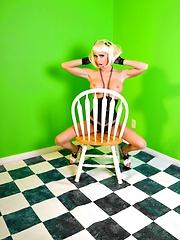 Green Screen Pics - Jessica Jaymes