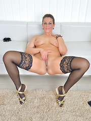 Cock hungry mommmy spreaads and teases her pretty pink pussy